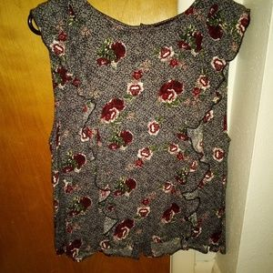 Lucky short sleeved blouse